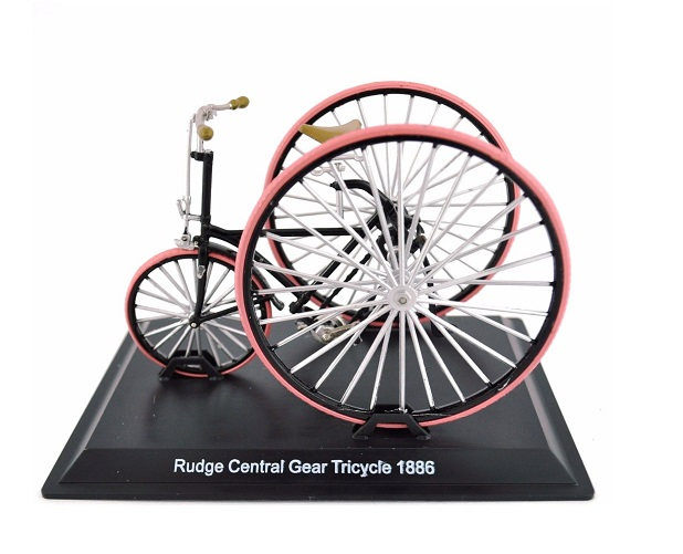 Model bicykla Rudge Central Gear Tricycle 1886