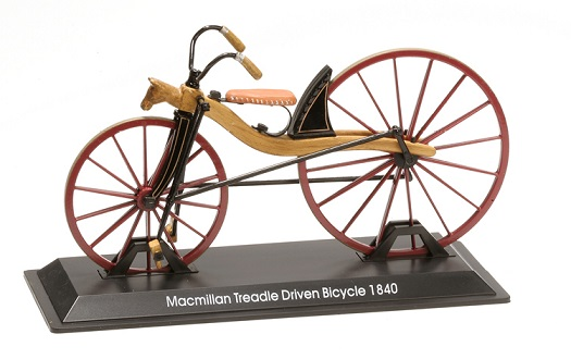 Model bicykla Macmillan Treadle Driven Bicycle 1840