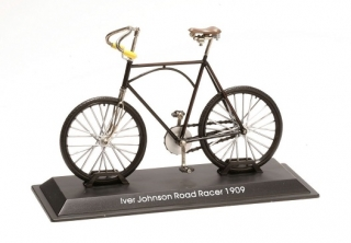 Model bicykla Iver Johnson Road Racer 1909